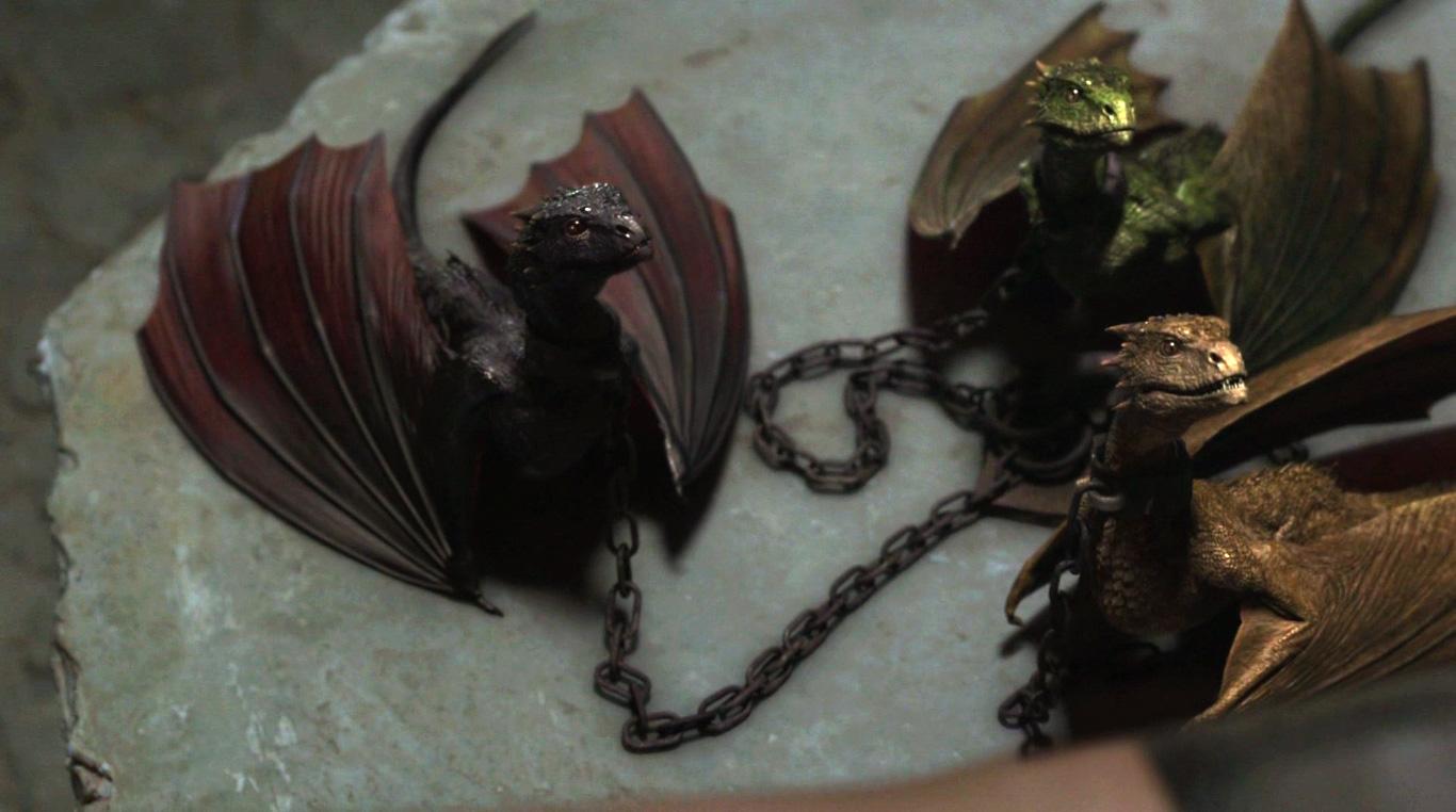 Драконы Дайнерис на цепи