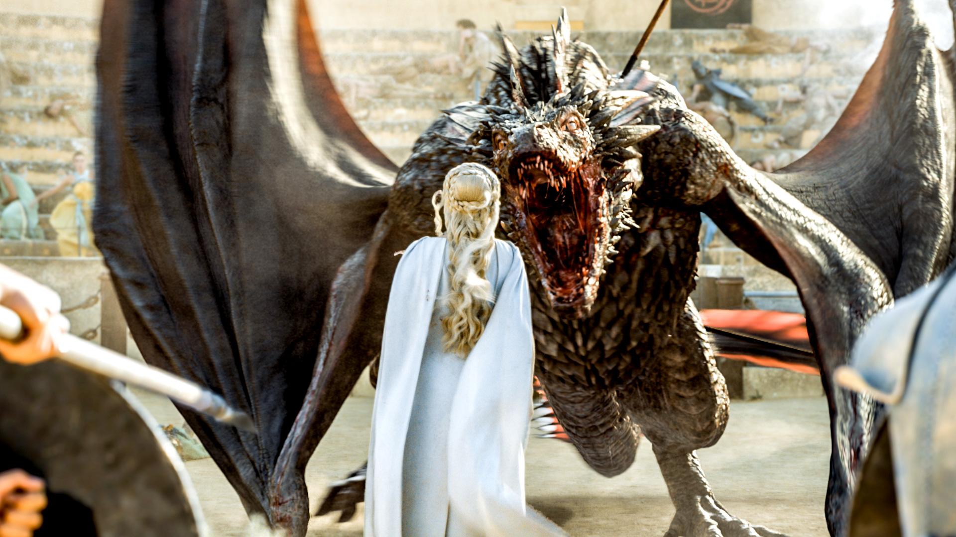 Дайнерис и дракон