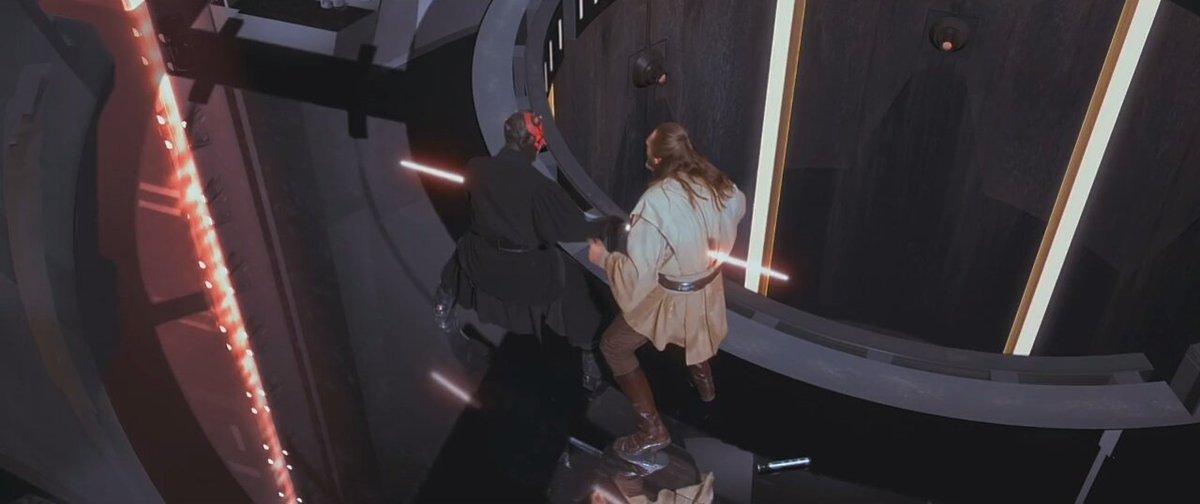 Дарт Мол пронзает грудь Квай-Гона, нанеся смертельную рану