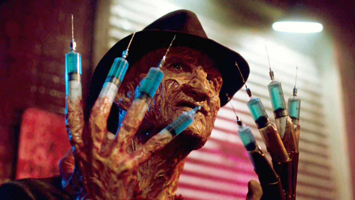 Фредди Крюгер со шприцами вместо лезвий - использует во сне слабость одной из жертв (Кошмаре на улице Вязов 3: Воины сна, 1987)