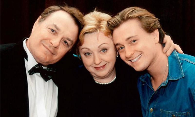 Сергей Безруков со своими родителями