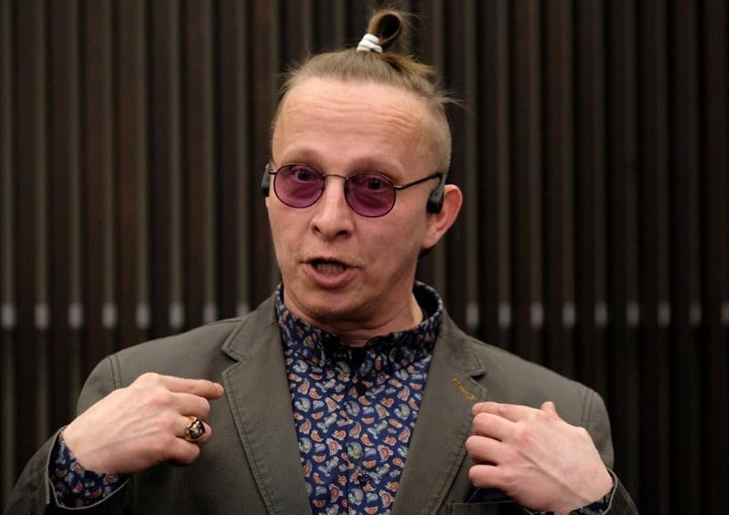 Иван Охлобыстин часто менял свой имидж - волосы в хвостик по-восточному